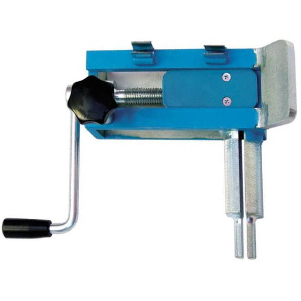 Portable hose binding device